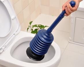 马桶下水慢怎么办?彭水疏通马桶轻松解决