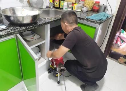 厨房下水道堵了用白醋效果好吗?