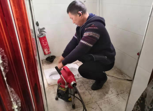 彭水疏通厕所管道案例