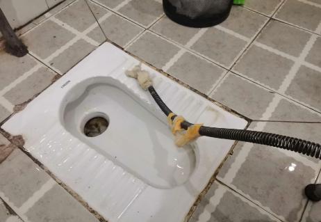 利用水压疏通